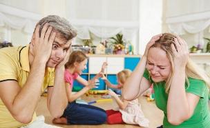 הורים עייפים (צילום: shutterstock ,shutterstock)