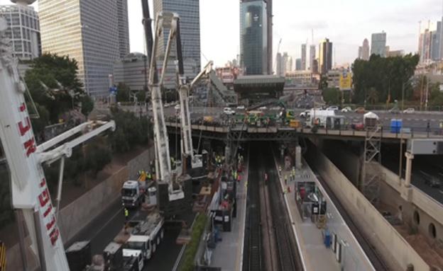 """עבודות הרכבת: """"דרישה לפיטורי כץ"""" (צילום: רכבת ישראל)"""