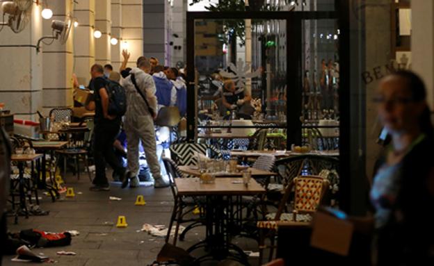 פיגוע הירי הרצחני בשרונה (צילום: רויטרס)