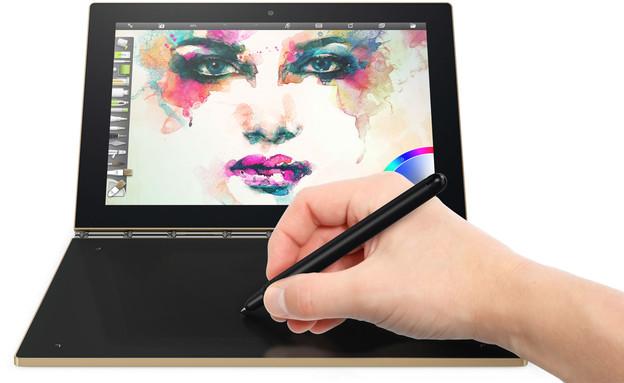מחשב נייד עם מקלדת מגע Yoga Book של לנובו (צילום: יחסי ציבור)