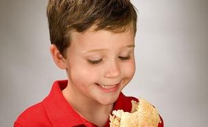 מה לשים לכם בסנדוויץ'? צפו במשאל