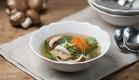 מרק עוף אסייתי - מוכן (צילום: דרור עינב ,אוכל טוב)