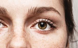 עין קופצת (צילום: shutterstock: Irina Bg)