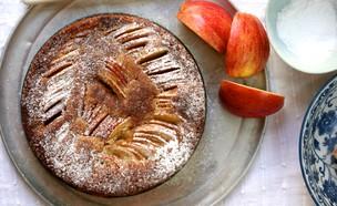עוגת תפוחים ודבש (צילום: קרן אגם ,אוכל טוב)