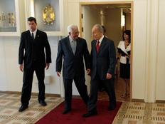 שמעון פרס נפגש עם אבו מאזן בירושלים בשנת 2008 (צילום: רויטרס)
