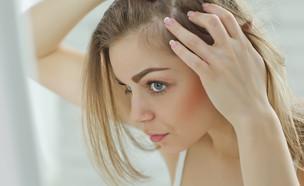 נשירת שיער (צילום: shutterstock: Nina Buday)