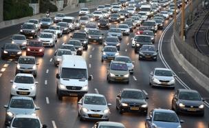 צפויים עומסים בכבישים (צילום: פלאש 90)