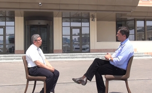 ערד ניר בראיון עם היועץ של ארדואן (צילום: חדשות 2)