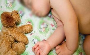 תינוק מטושטש, עולל (צילום: shutterstock)