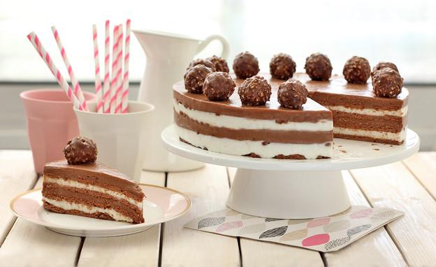 עוגת שוקולד גבינה עם פררו רושה (צילום: ענבל לביא ,אוכל טוב)