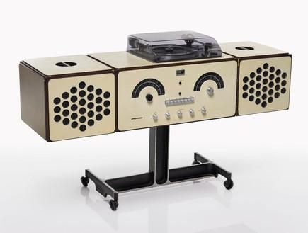 מכירה פומבית בואי, אקילה ופייר ג'אקומו קסטיליוני,  Radio-phonograp