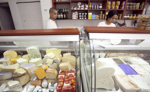 חנות גבינות בתל אביב (צילום: דודו בכר ,TheMarker)