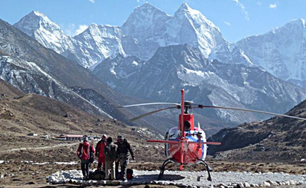 חילוץ בנפאל