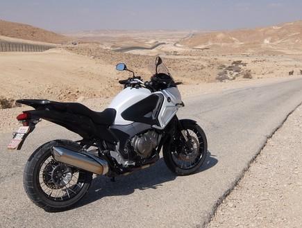 חלק מכביש הגבול עם מצרים – פתוח היום ומחר (צילום: דני קושמרו ,מערכת אוטו)