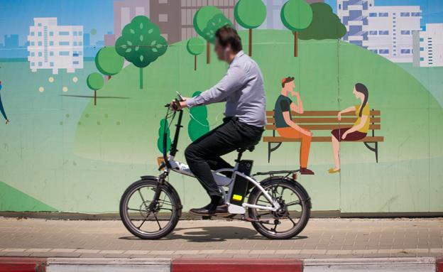 אופניים חשמליים (צילום: חדשות 2)