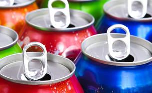 פחיות משקה (צילום: shutterstock)