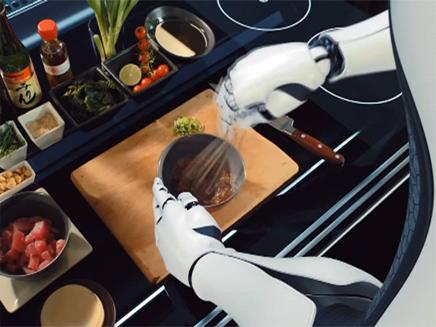 רובוט שיבשל במקומכם (צילום: חדשות 2)