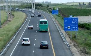 לא כל היום הכביש נראה ככה (צילום: Moshe Shai/Flash90)