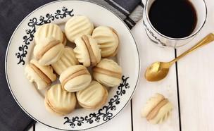 עוגיות, שוקולד, קפה (צילום: ענבל לביא ,אוכל טוב)