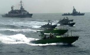 """ספינות של חיל הים במבצע השתלטות (צילום: דובר צה""""ל)"""