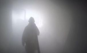 """צפו: לוחמי האש בדירה בוערת (צילום: כב""""ה גבעתיים)"""