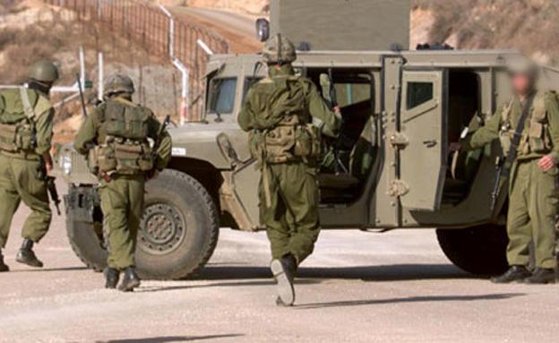 חיילים בסיור בגבול. ארכיון (צילום: רויטרס)
