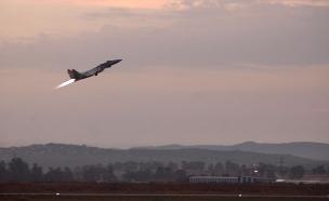 """""""לא מבקשים אישור מהרוסים"""" מטוס קרב (צילום: דו""""צ)"""