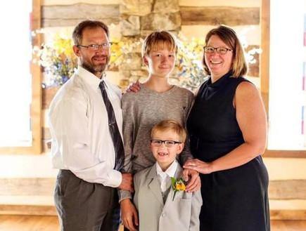 משפחת רמלי לפני הטרגדיה (צילום: פייסבוק)