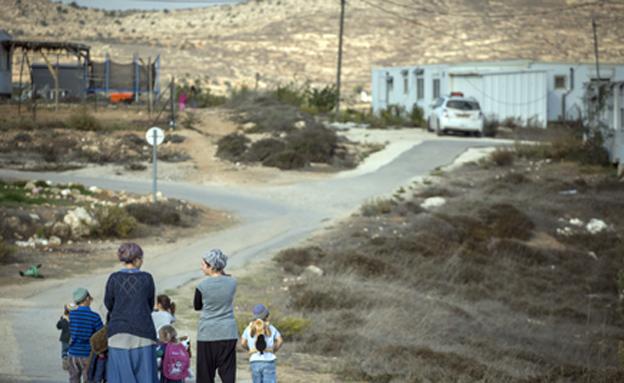 העתקת הבתים שיפונו בעמונה ירדה מהפרק (צילום: Miriam Alster/Flash90)