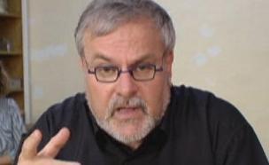 מנחם הורוביץ בדק את השימושים החדשים (צילום: חדשות 2)