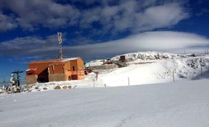כך נראה השלג הבוקר (צילום: ליאור ברוך)