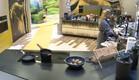 אורנה שוטפת כלים (צילום: מתוך האח הגדול 8 , שידורי קשת)