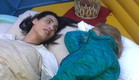תאלין ומעיין משוחחות במיטה (צילום: מתוך האח הגדול 8 , שידורי קשת)
