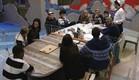 הדיירים סביב השולחן המפולג (צילום: האח הגדול 24/7)