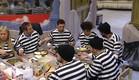 הדיירים הגנבים בארוחת ערב (צילום: האח הגדול 24/7)