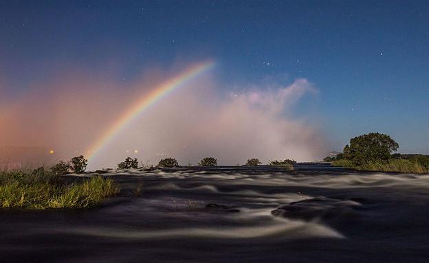 קשת ירח במפלי ויקטוריה (צילום: Scolopendra33, Wikipedia)