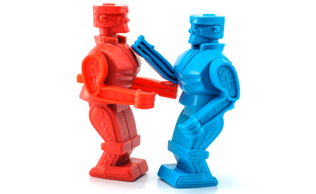 רובוטים נלחמים, מלחמת רובוטים (צילום: ShutterStock ,ShutterStock)