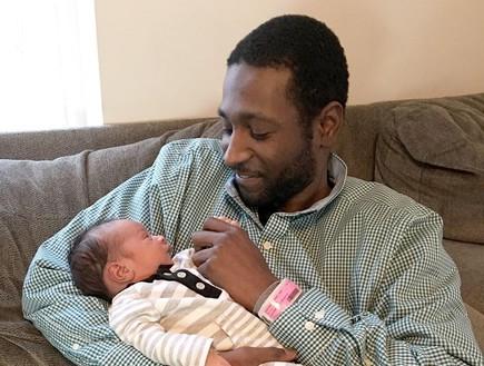למאר אבא ותינוק (צילום: פייסבוק)