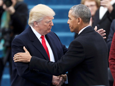 הנשיא היוצא אובמה מברך את הנשיא הנכנס דונאלד טראמפ (צילום: רויטרס)