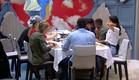 הדיירים בארוחת שישי (צילום: האח הגדול 24/7)