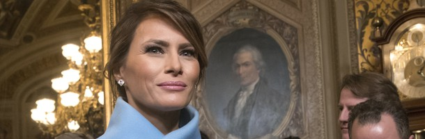 מלניה בתכלת (צילום: Getty Images)