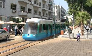 """הדמיה של הרכבת הקלה בתל אביב (צילום: יח""""צ)"""