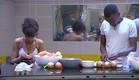 עדן ואנדל עובדים במטבח (צילום: האח הגדול 24/7)
