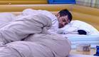 דן מתקשה להתעורר (צילום: האח הגדול 24/7)