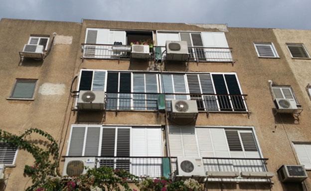 """""""המס על דירה שלישית מעלה מחירים"""" (צילום: חדשות 2)"""