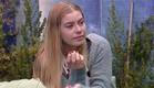אנסטסיה מספרת לבנות על הגעגוע לילד (צילום: האח הגדול 24/7)