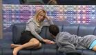 דן ואורנה על הספה (צילום: האח הגדול 24/7)