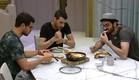 דן, שרון ועומר אוכלים (צילום: האח הגדול 24/7)