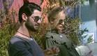 עומר ואורנה בחצר  (צילום: האח הגדול 24/7)