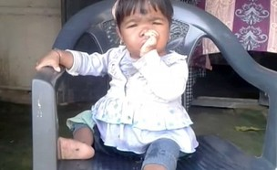 ילדה הודית קטנה (צילום: Dailymail)